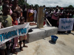 The Water Project : sierraleone5046_09