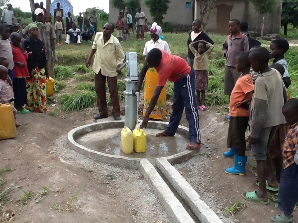 The Water Project : rwanda3072_14