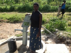 The Water Project : rwanda3073_11