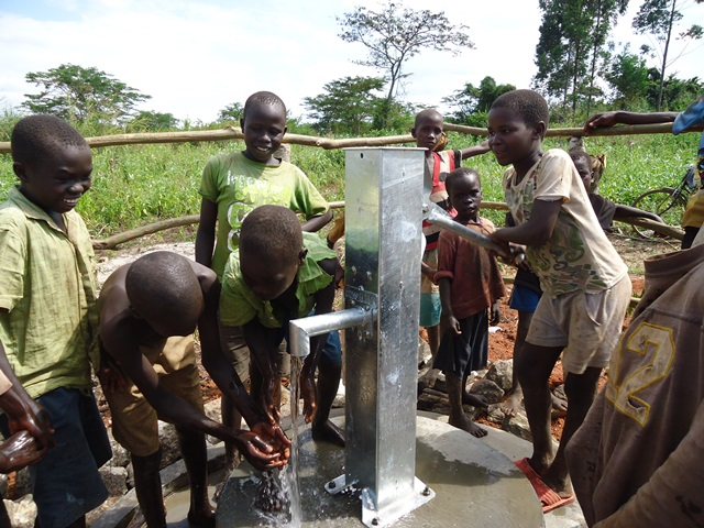 The Water Project : uganda650-1