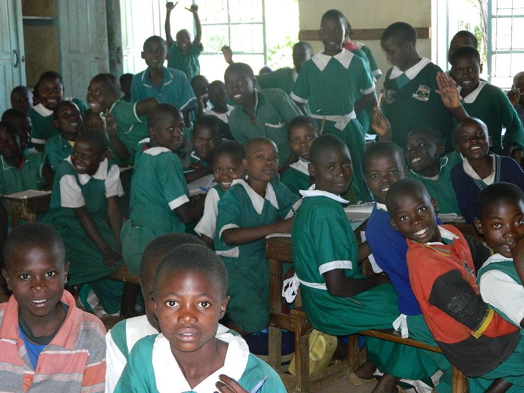The Water Project : kenya4245-01-children-of-iranda-primary-school