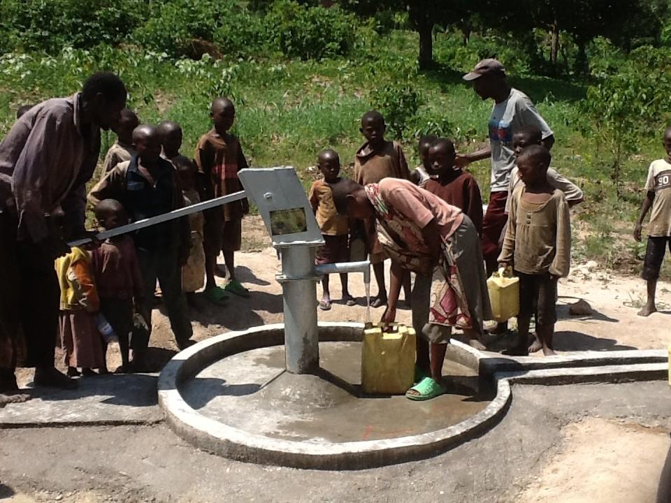 The Water Project : rwanda3077-07