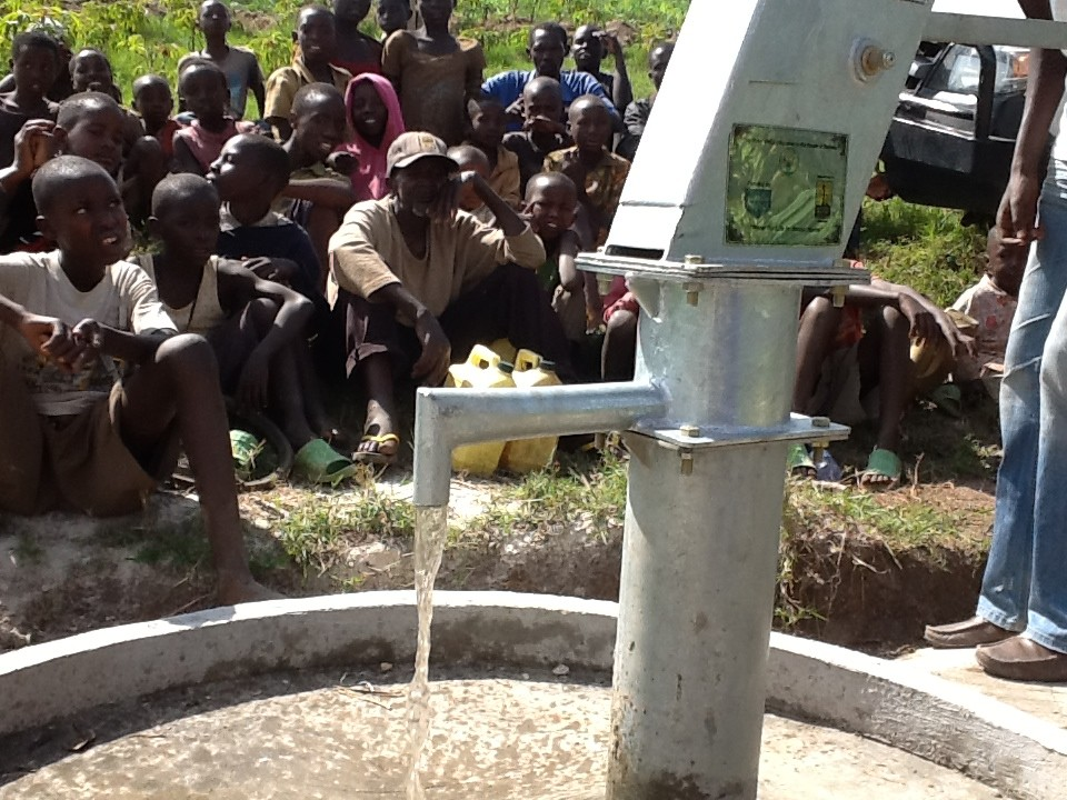 The Water Project : rwanda3079-06