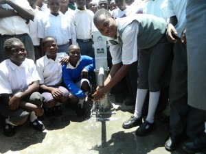 The Water Project : kenya4248-28-imakale-handing-over