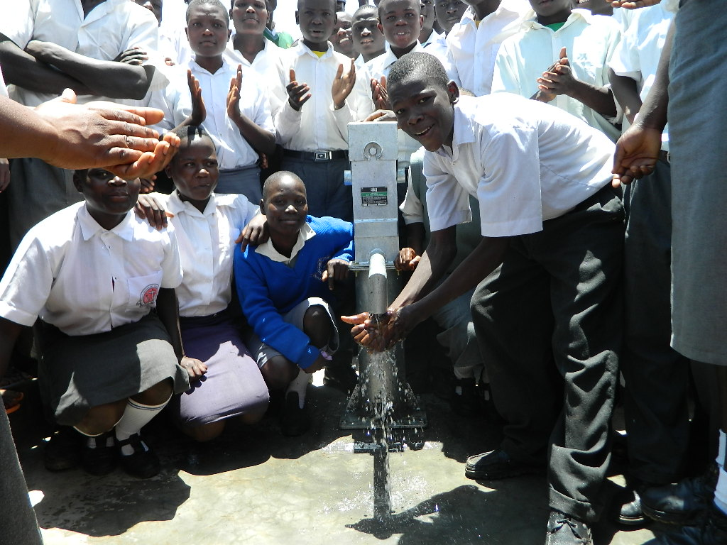 The Water Project : kenya4248-30-imakale-handing-over
