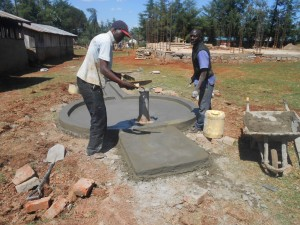 The Water Project : kenya4221-22-tulon-secondary-school-pad-construction