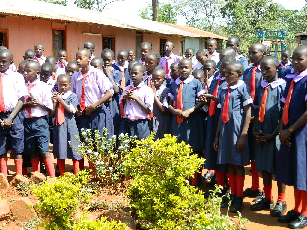 The Water Project : kenya4223-01-mahakini-preparatory-pupils