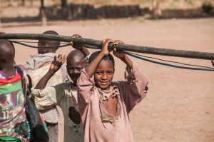 The Water Project : burkinafaso9055-18-pulling-the-test-pump-2