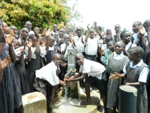 The Water Project : kenya4213-26-inaya-handing-over-3