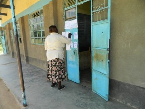 The Water Project : kenya4252-16-the-voting-process