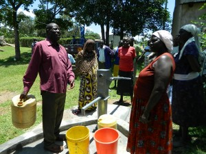 The Water Project : kenya4252-25-bwp-manager-giving-a-speech-before-the-handing-over