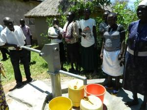 The Water Project : kenya4252-28-handing-over