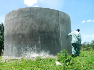 The Water Project : kenya4256-08-a-water-tank-that-belongs-to-the-neighbouring-school