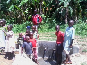 The Water Project : kenya4285-10-children-at-bweseletse-spring