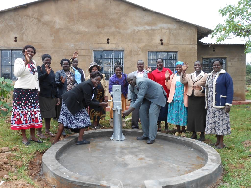 The Water Project : kenya4253-38-handing-over