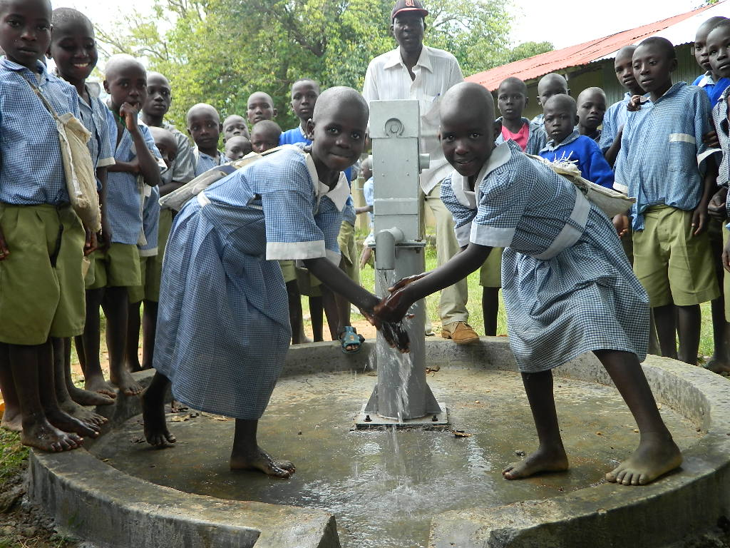 The Water Project : kenya4277-25-ihonje-primary-school-handing-over