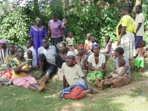 The Water Project : kenya4258-11-eshikulu-community-members