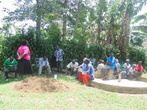 The Water Project : kenya4258-13-eshikulu-community-chairman-giving-vote-of-thanks-after-the-training