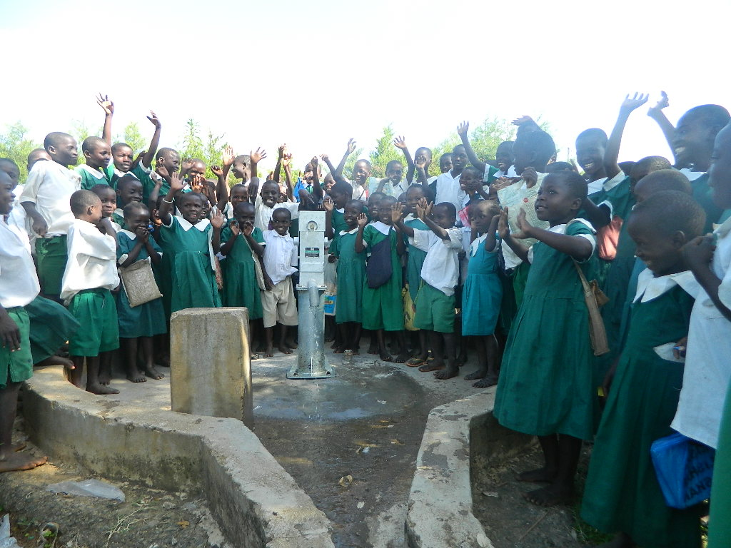 The Water Project : kenya4260-63-handing-over