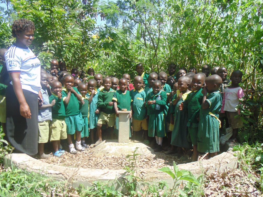 The Water Project : kenya4261-05-pupils-at-the-well