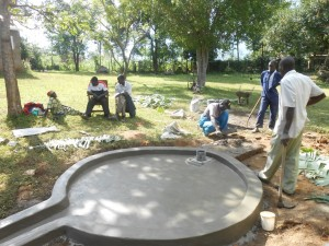 The Water Project : kenya4278-48-obote-the-bwp-masonry-being-keen-with-his-work
