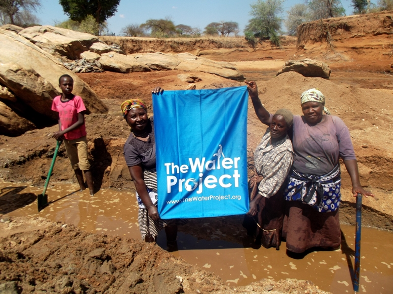 The Water Project : kenya4310sm-12