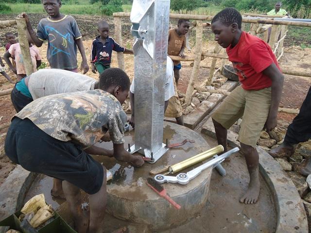 The Water Project : uganda669-15