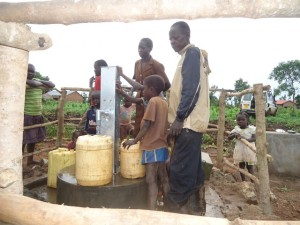 The Water Project : uganda669-17
