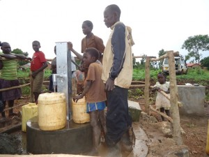 The Water Project : uganda669-18