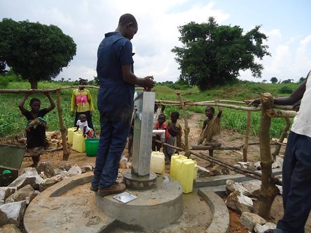 The Water Project : uganda670-23