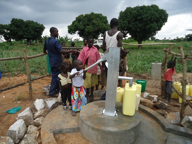The Water Project : uganda670-26