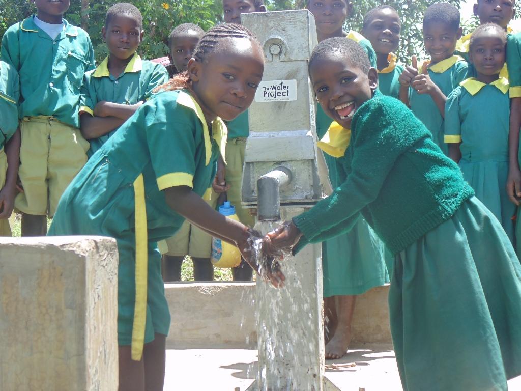 The Water Project : kenya4261-53-handing-over