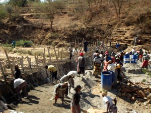 The Water Project : kenya4308-13-2