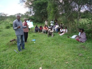 The Water Project : uganda6056-05-community-sensitization