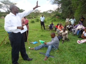 The Water Project : uganda6056-24-hp-baseline-feedback-meeting