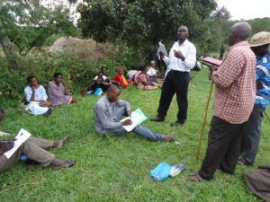 The Water Project : uganda6056-25-hp-baseline-feedback-meeting