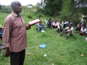 The Water Project : uganda6056-29-local-evangelist-sharing-the-gospel
