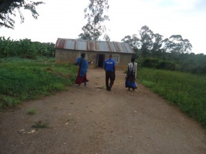The Water Project : uganda6057-09-community-members