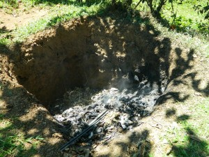 The Water Project : kenya4281-05-imulama-dispensary-compost-pit