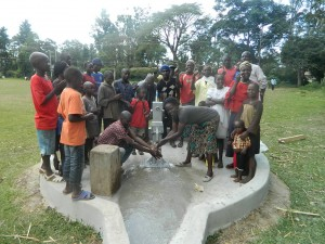The Water Project : kenya4317-27-happy-faces-of-the-navakholo-community-for-receiving-quality-and-safe-water