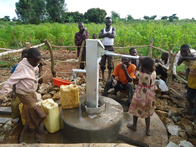 The Water Project : uganda672-27