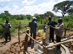 The Water Project : uganda676-19