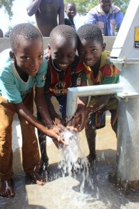 The Water Project : burkinafaso9073-31