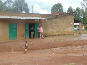 The Water Project : kenya4318-02-ematoyi-market-buildings