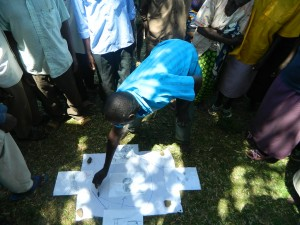The Water Project : kenya4319-17-f-diagram-demonstration