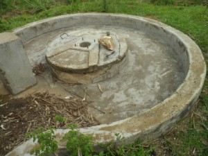 The Water Project : kenya4320-03-utende-community-rehab-well