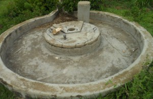 The Water Project : kenya4320-05-utende-community-rehab-well