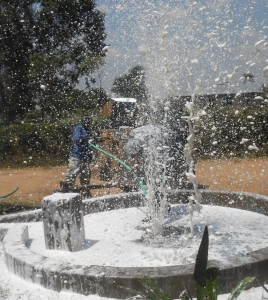 The Water Project : kenya4320-19-utende-borehole-flushing