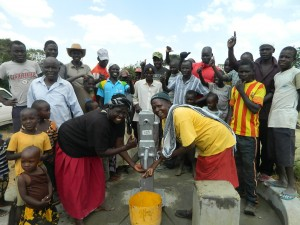 The Water Project : kenya4320-28-handing-over