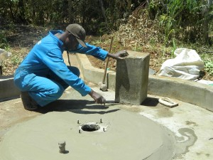 The Water Project : kenya4321-32-smoothening